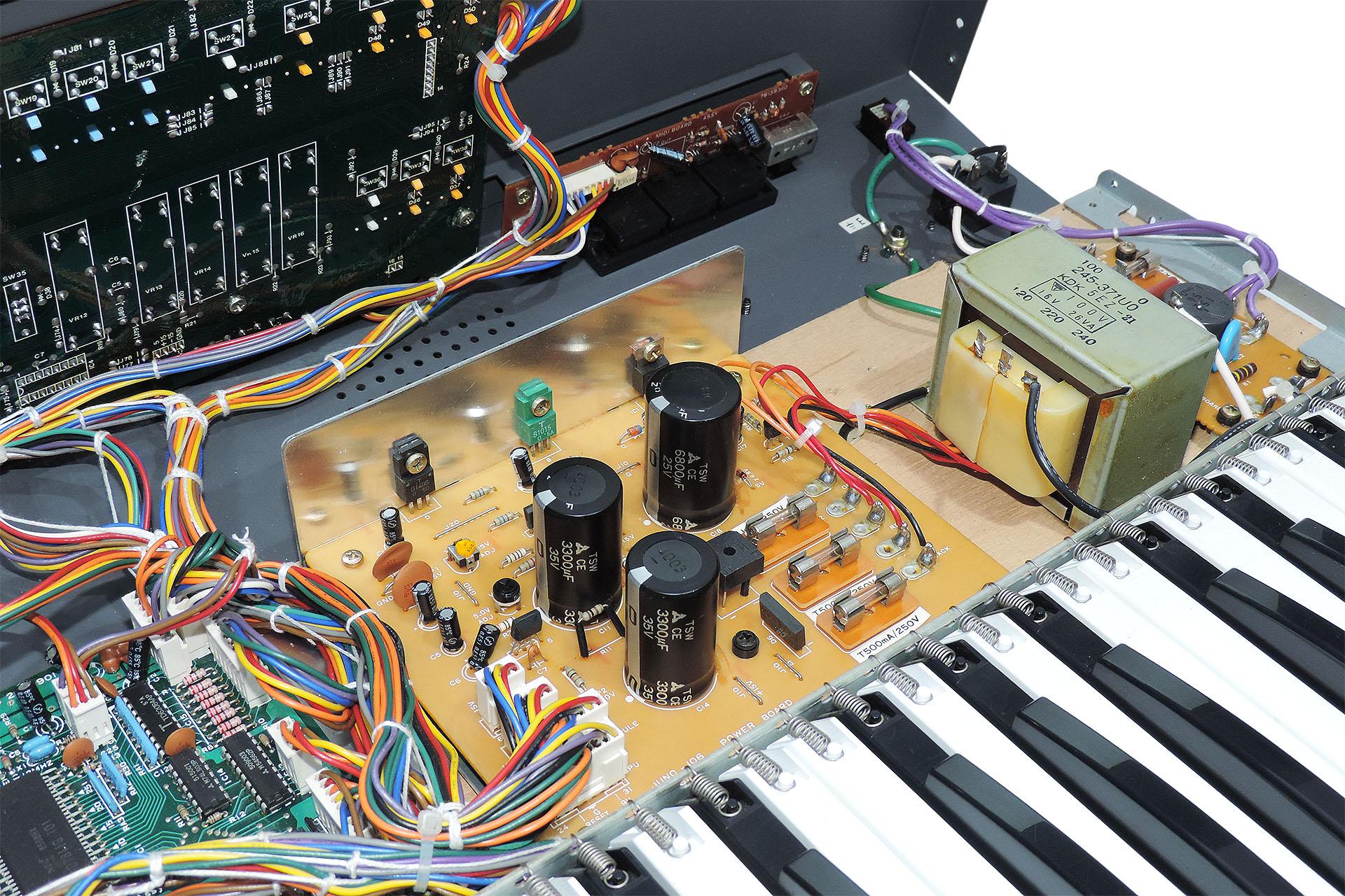 Roland Juno-106 power supply