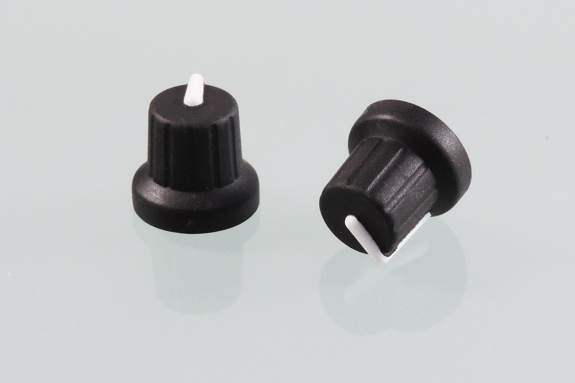Performance replacement knobs for the Marshall JMP-1