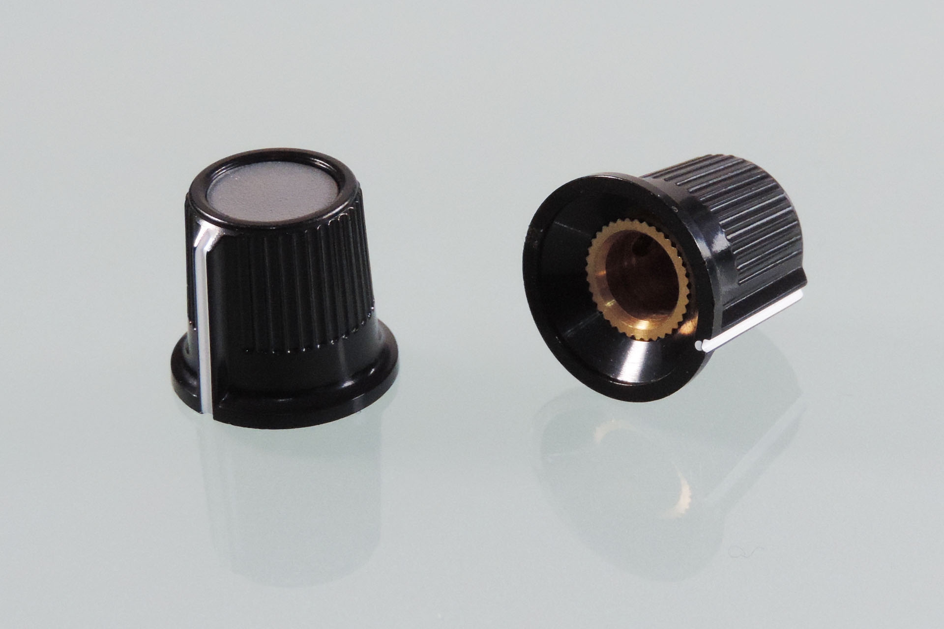 Studio replacement knobs for the Marshall JMP-1