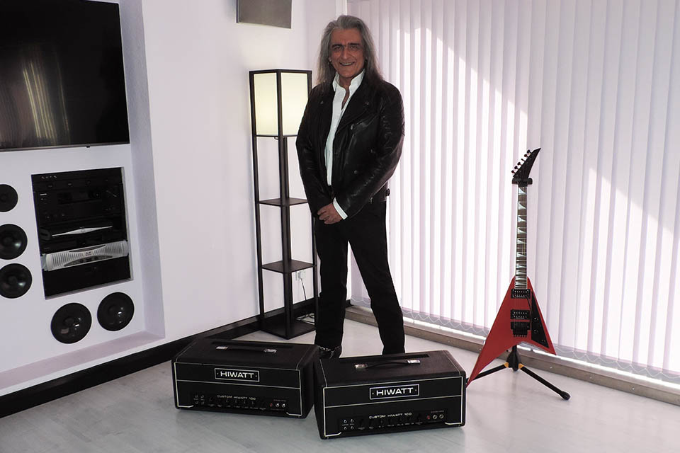 Alex with two Hiwatt DR-103s that have been refurbished after having been discovered in pyramid