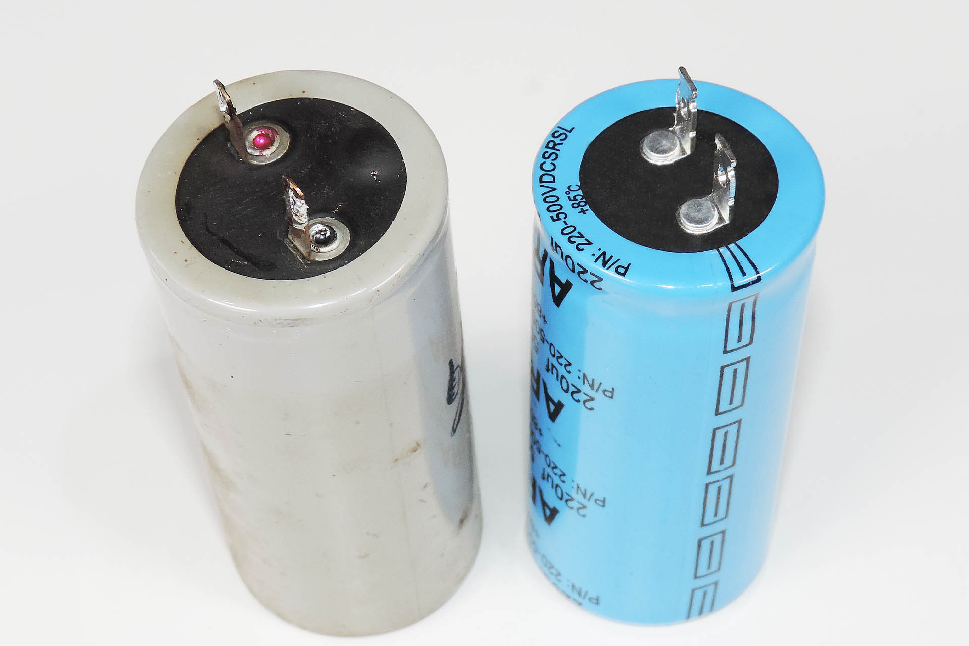 Hiwatt DR-103 - original and new replacement capaciotrs