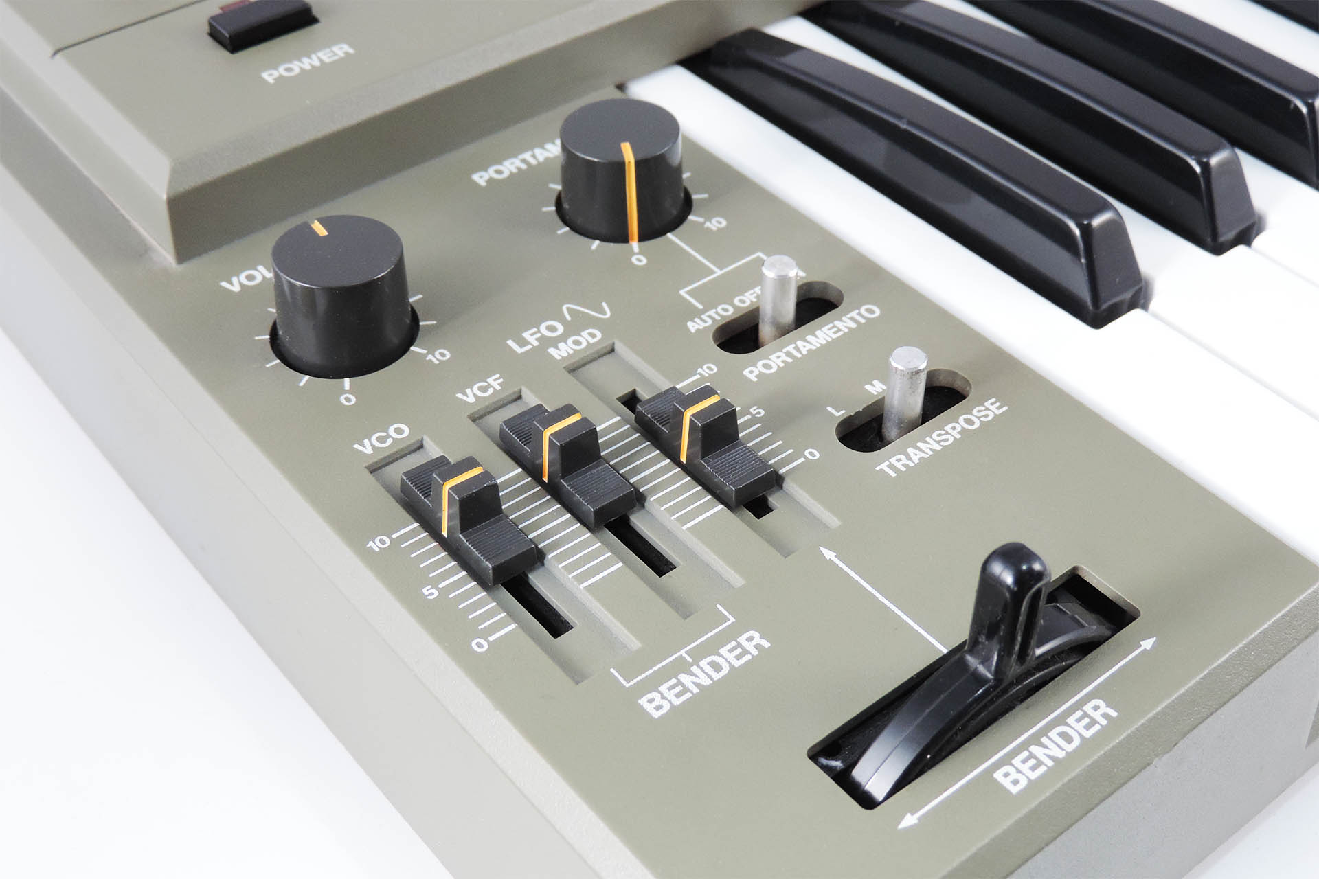 Roland SH-101 serviced at Plasma Music
